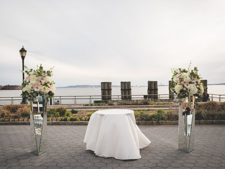 Tmx Dlny02484 Battery Park Wedding 0483 51 950082 V1 Brooklyn, NY wedding florist
