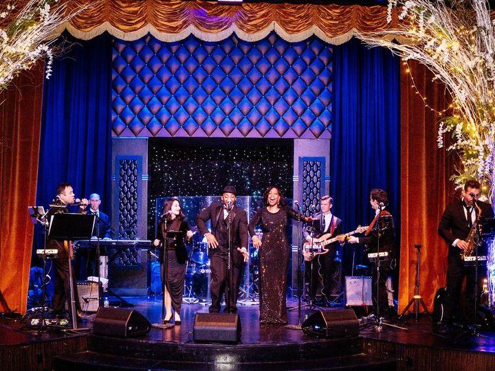 Tmx Bb Edison Ballroom 51 590082 157592629410990 New York wedding band