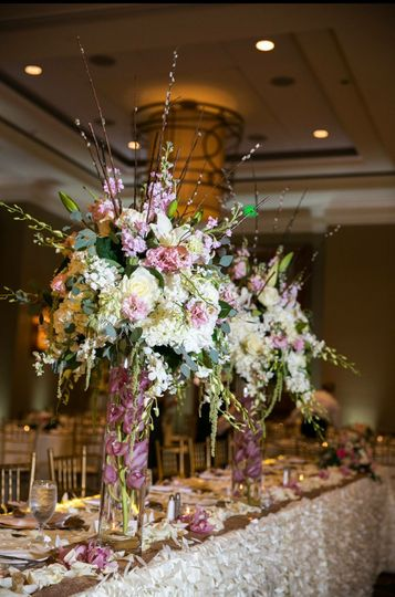 Big table centerpieces