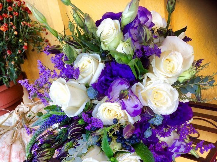 Tmx 1516339519 94db6f182542a50b 1516327619 922cbf90fb9a7bb0 1516327618 35b197fc7f7015ed 151632 Keller, Texas wedding florist