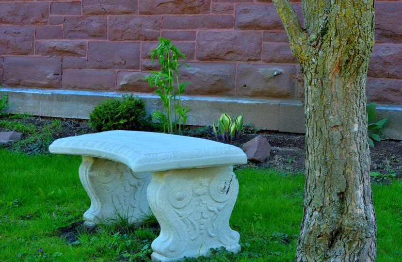 A beautiful outdoor seat