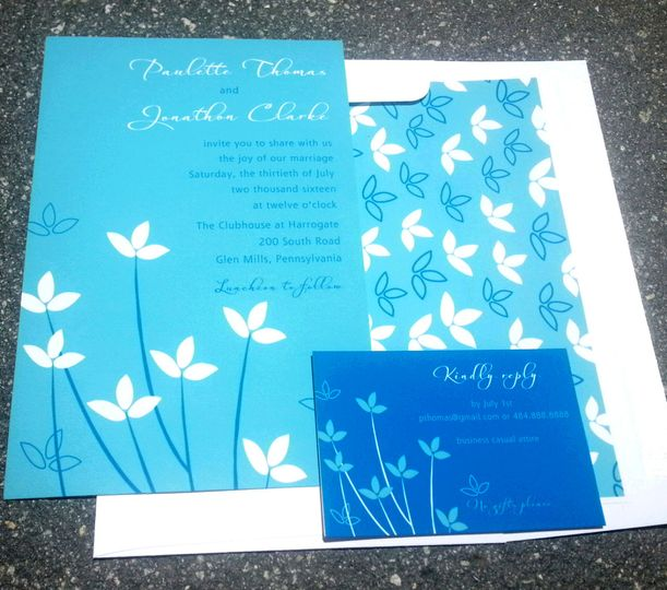 Floral blue invitations