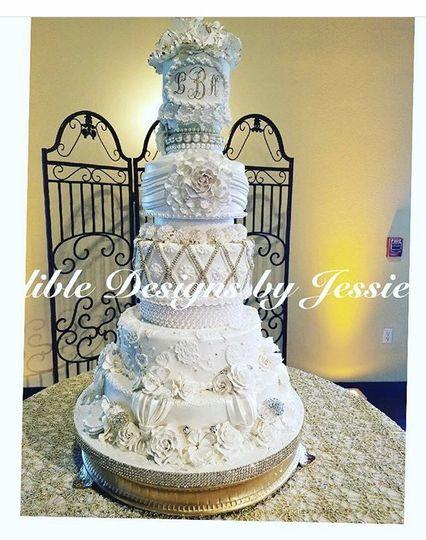 Edible Designs By Jessie Wedding Cake Houston Tx Weddingwire