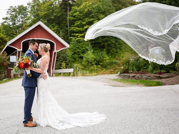 Tmx Raymondjack Floating Veil 51 441182 157437015523576 Burlington, VT wedding photography