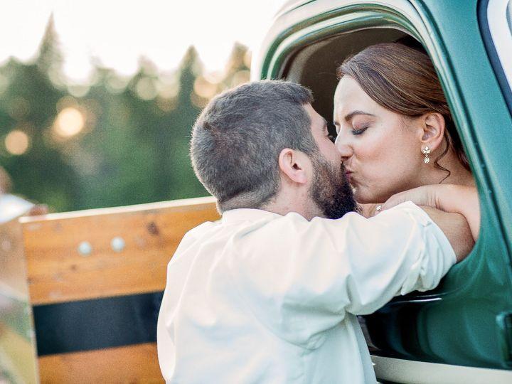 Tmx Raymondjack Kiss In Vintage Vermont Truck 51 441182 157437015439733 Burlington, VT wedding photography