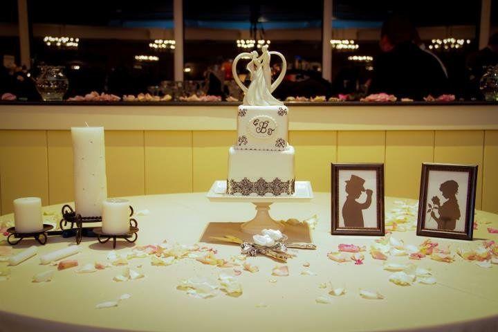Sweet Eats Cakes LLC - Wedding Cake - Havre de Grace, MD - WeddingWire