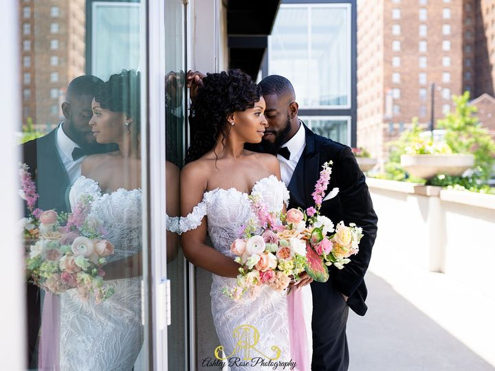 Tmx Ashleyrosephotography Thegalleryeventspace 232 Of 401 51 1015182 159845282631856 Kansas City, Missouri wedding planner