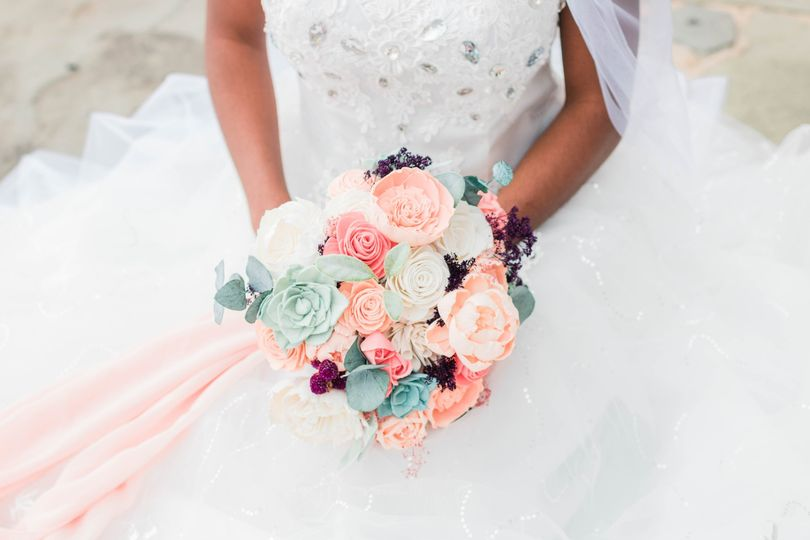 Living Coral and Mint Bouquet