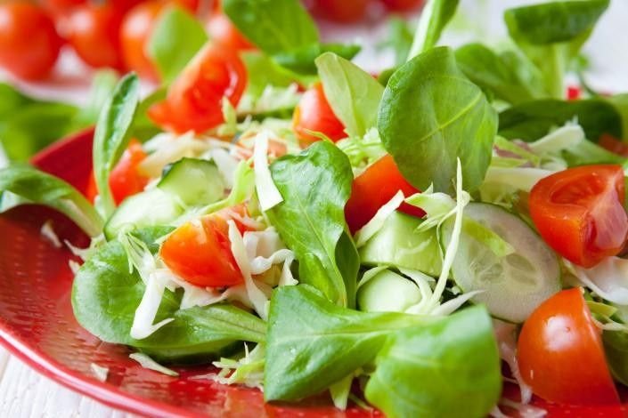 Leafy vegetables and tomatoes