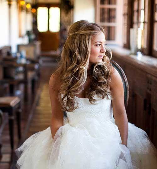 down beach wedding blonde hairstyles copy 51 951282 161850729867887