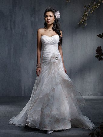800x800 1381595002043 Alfred Angelo 2329