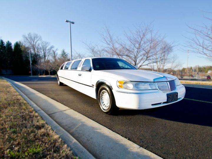 Tmx Car Stretchlincoln2 Xl 51 792282 Winston Salem wedding transportation