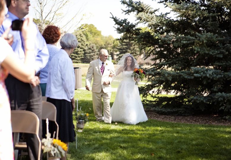 Lakewood Heritage Center Red Barn Lawn | Whimsy Photography