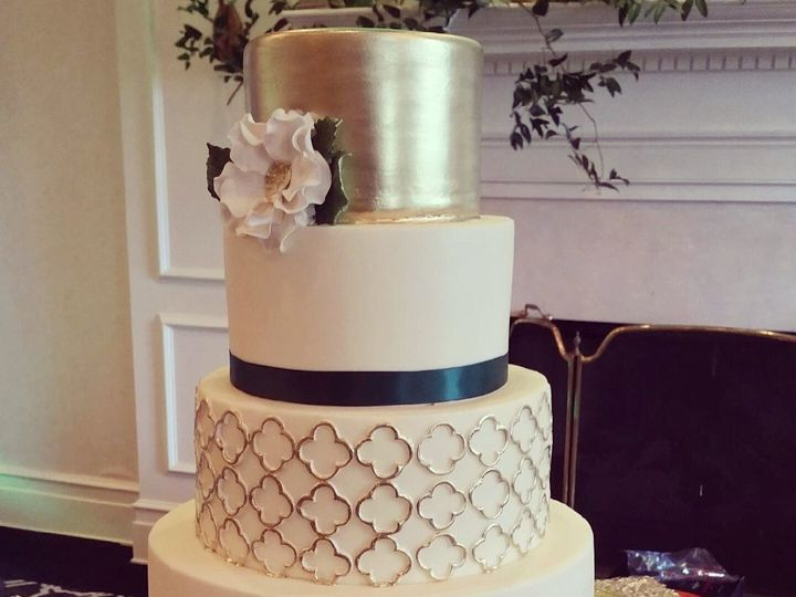 Tmx 1446475926234 Quatrefoil Cary, North Carolina wedding cake