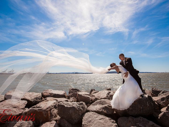 Tmx 1522738797 476bf54936f1e0fd 1471024638767 Eivansfacebookprofile 0021 Mokena, IL wedding photography