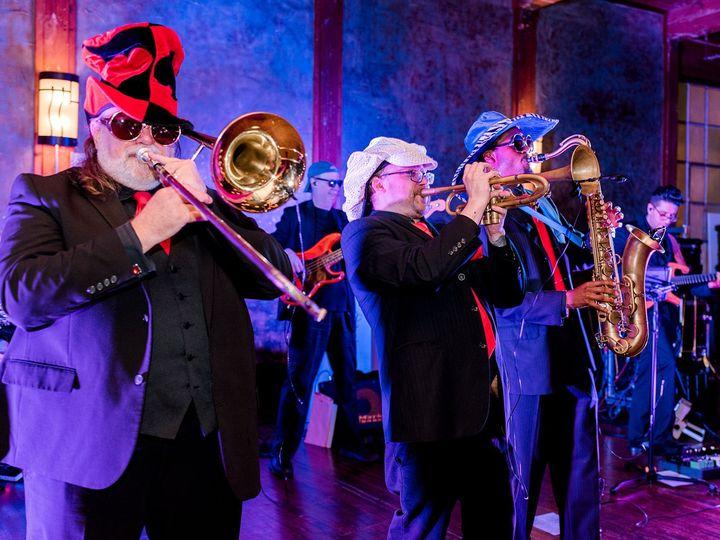 Tmx Horns Up Front 3 51 712482 Dallas, Texas wedding band