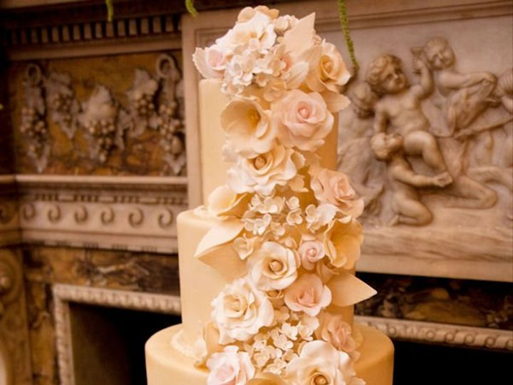 Tmx 1264617019985 Sugarflowercascade Paoli wedding cake