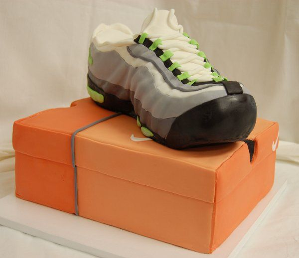 Tmx 1315409321142 Sneaker Paoli wedding cake