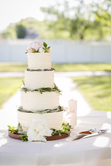 wedding cakes logan utah temptation cupcake logan wedding cake logan ut 24934