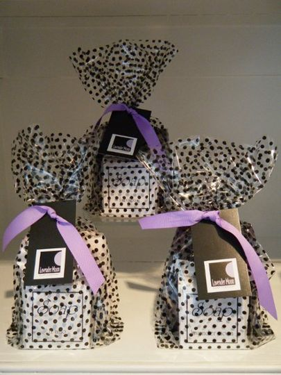 soap & exfoliating washcloth gift bag