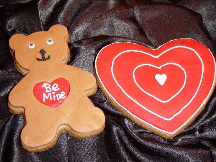 Tmx 1360084806752 ValentineSugarCookies Raleigh wedding cake