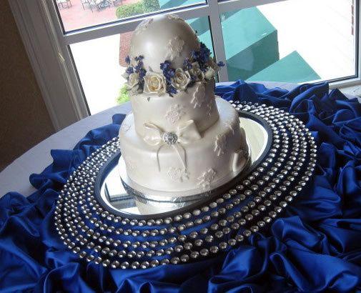 renee cakes wedding cake raleigh nc weddingwire. Black Bedroom Furniture Sets. Home Design Ideas