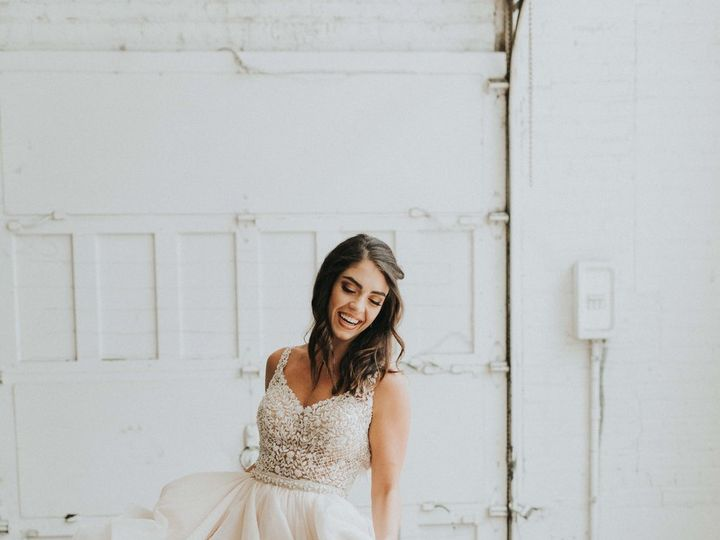 Tmx Red Space Industrial Styled Shoot Red Space Industrial Styled Shoot 0125 51 776582 Cuyahoga Falls wedding planner