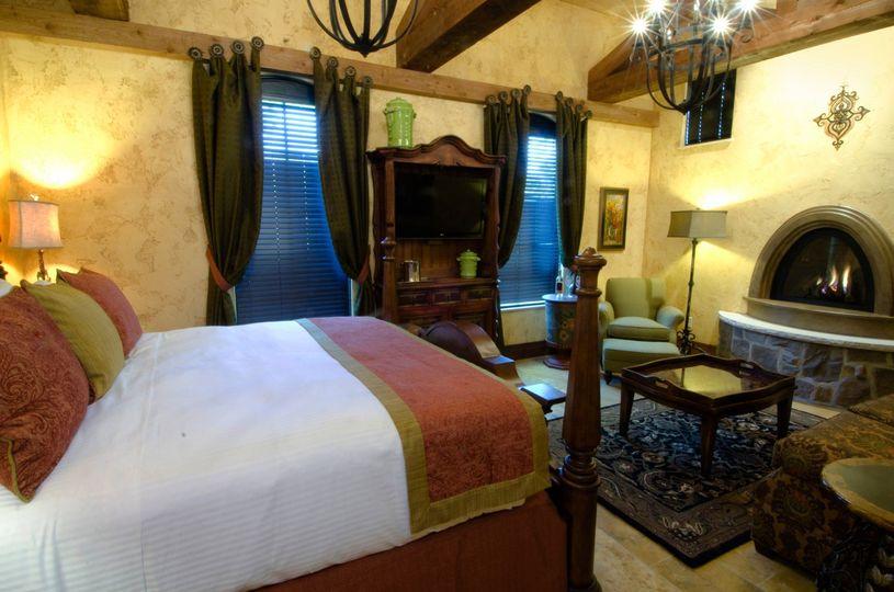 The Villa King Suite