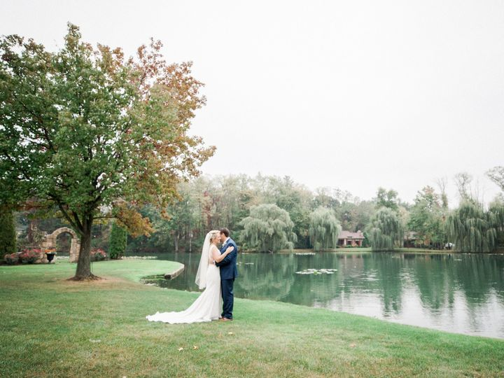 Tmx Hannah Neckers Bryerton Keithstacy 25 51 487582 1573055014 Canton, OH wedding venue