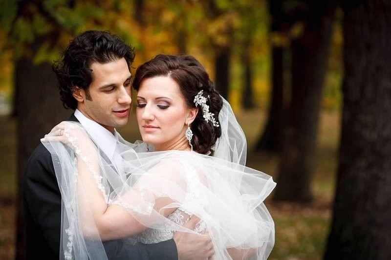AMAZING BRIDE