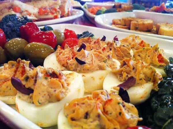 Mandolas Catering