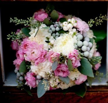 White and soft pink bouquet