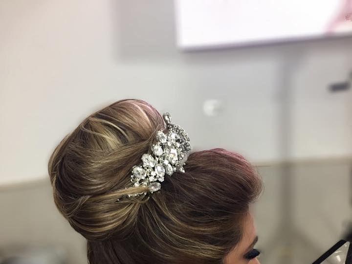 Tmx 22788814 1587822504594553 6221618102127895362 N 51 1013682 Puerto Vallarta wedding beauty