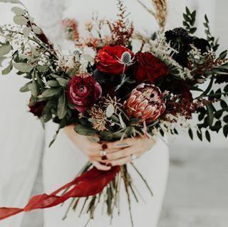 8b666b3c404b5ae5 1521572819 e1a0891e545a6332 1521572820429 2 simple florals bou