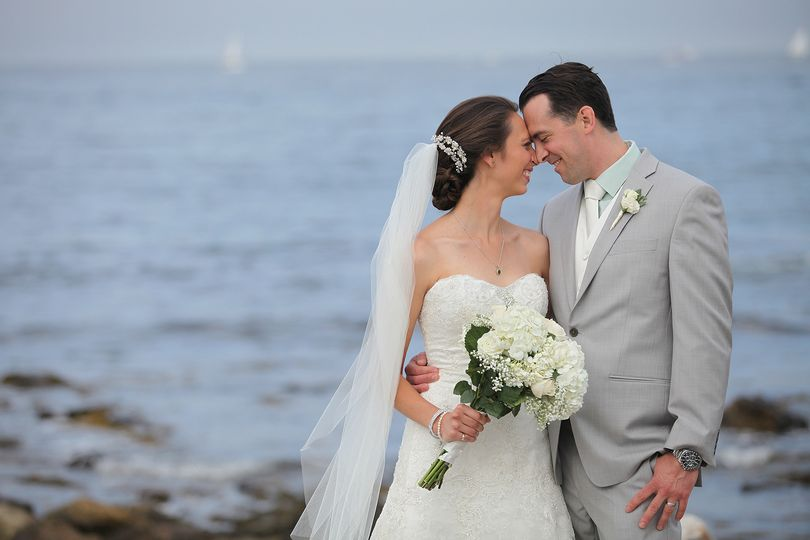 Beautiful July 2015 wedding at the Seacoast Science Center. Photo by Christian Pendergraft.