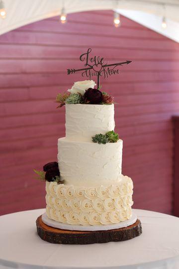 Rustic Textured Rosette Cake