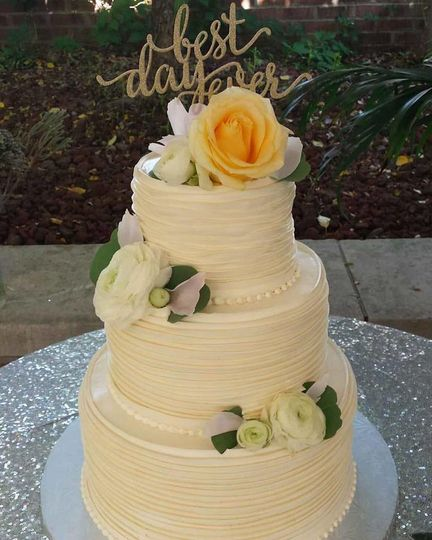 Bethel Bakery - Wedding Cake - Bethel Park, PA - WeddingWire