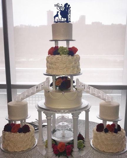 separated and fountain cake 51 3782 1572879335