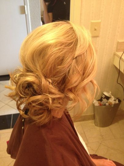 Styles For The Aisle-Onsite Updos and Airbrush make-up
