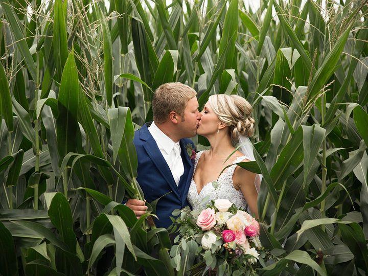 Tmx 493a3779 51 44782 1558117278 Pella, Iowa wedding florist