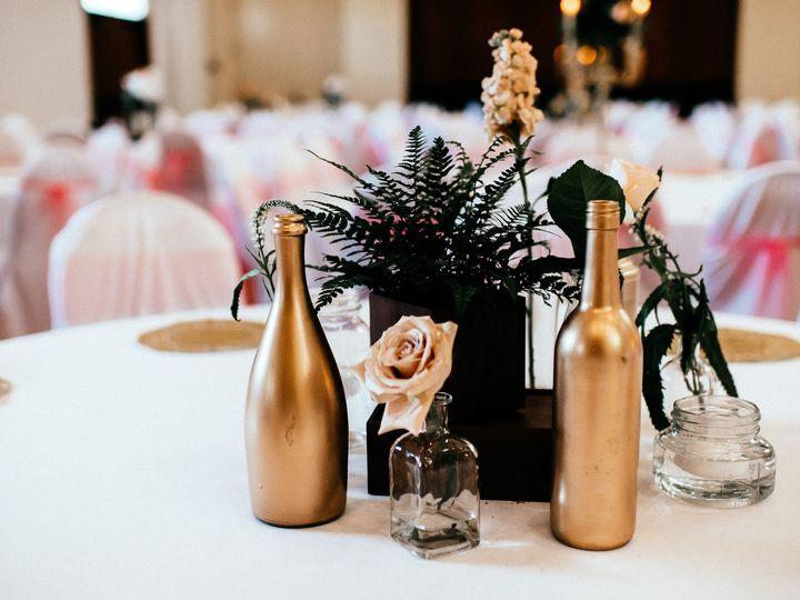 Tmx Amyalex 3791 51 44782 1558117976 Pella, Iowa wedding florist