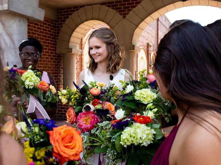 Tmx Chfphotography 151 51 44782 1558118483 Pella, Iowa wedding florist