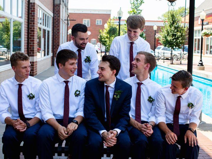 Tmx Chfphotography 371 51 44782 1558118496 Pella, Iowa wedding florist