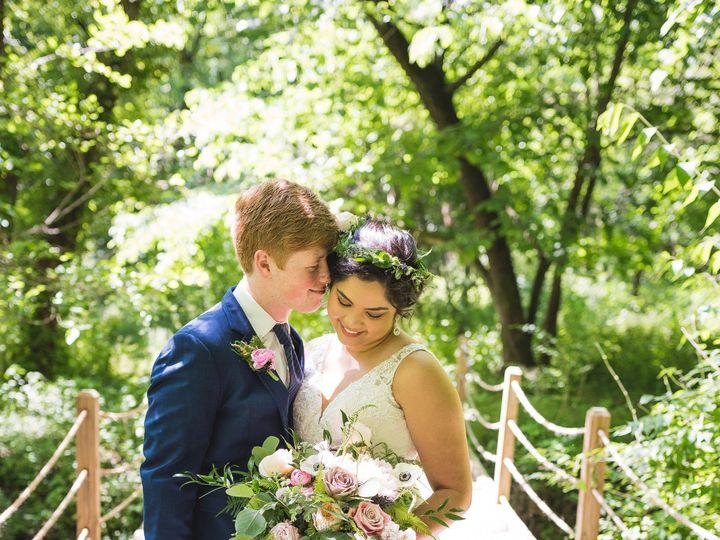 Tmx Dieleman Wedding Couple Photos 0094 51 44782 1558116912 Pella, Iowa wedding florist