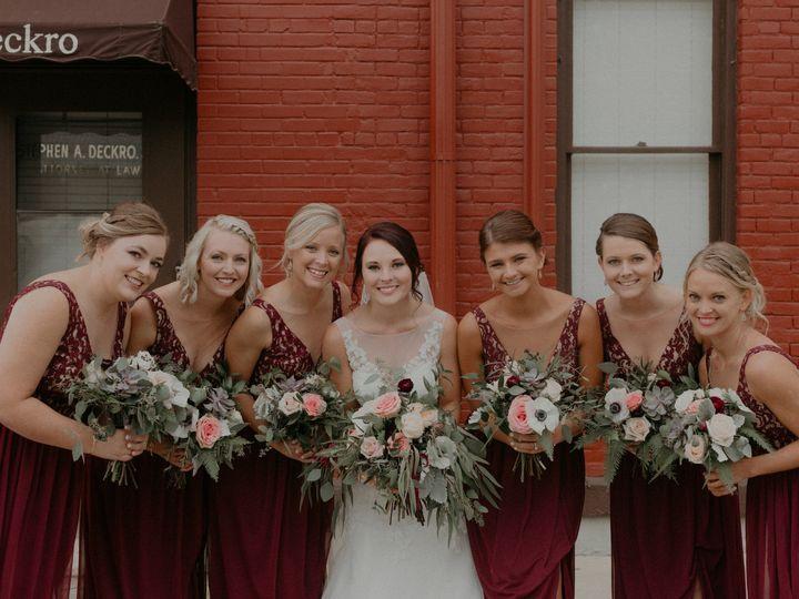 Tmx Lkw232 51 44782 1558116800 Pella, Iowa wedding florist