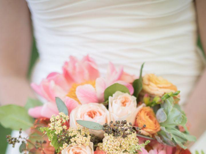 Tmx R 195 51 44782 1558116675 Pella, Iowa wedding florist