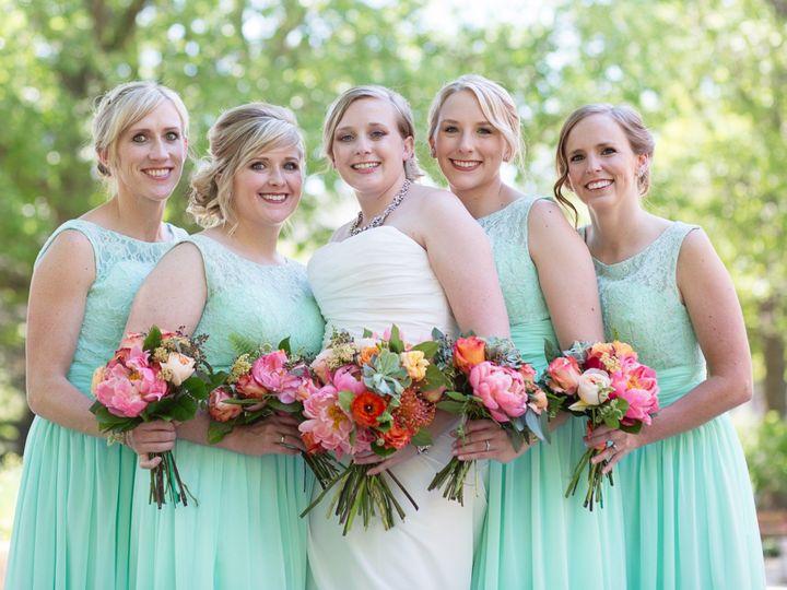 Tmx R 231 51 44782 1558116975 Pella, Iowa wedding florist