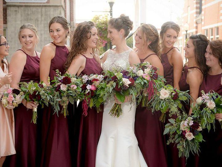 Tmx Wed155 51 44782 1558117494 Pella, Iowa wedding florist