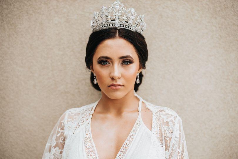 Glam bride jewels updo