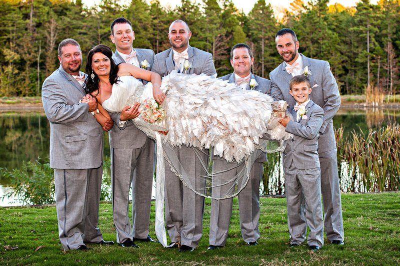 9f20e5a48f0ffda8 1360272812354 WeddingsEngagementsGallery19